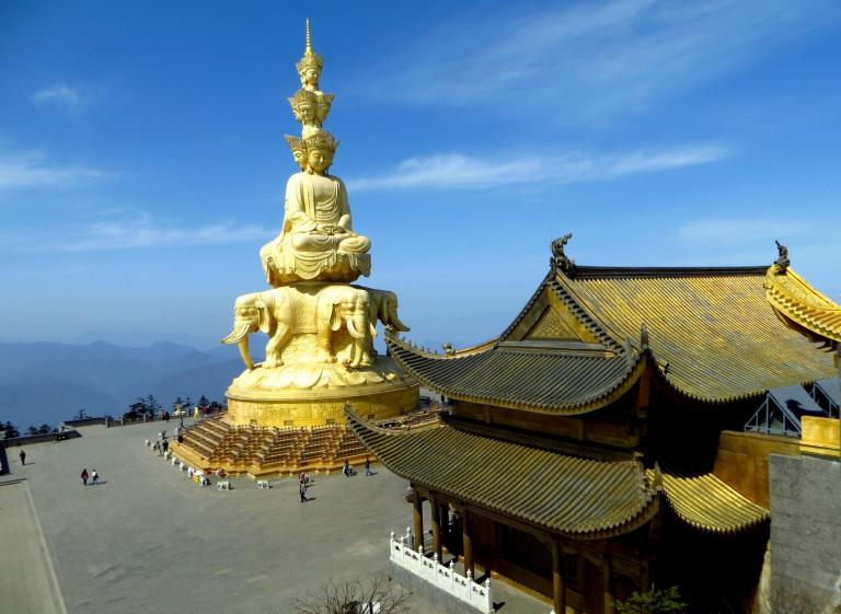 emei-shan-golden-summit